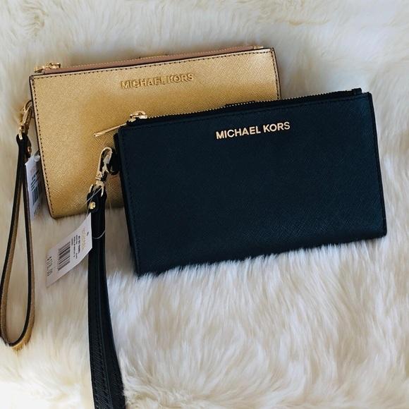 Michael Kors Handbags - 🌹💕2 Michael Kors double zipper Bundle💕🌹